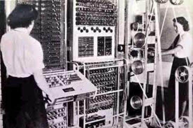 es puesta a la venta la primera impresora IBM de puntos