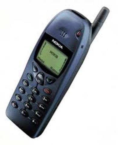 TELÉFONO MÓVIL MONOCROMO