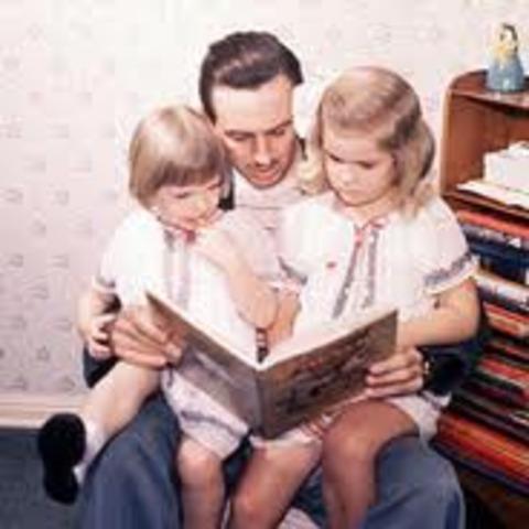 Walt's wife  gave birth to a girl name (Diana Marie Disney)