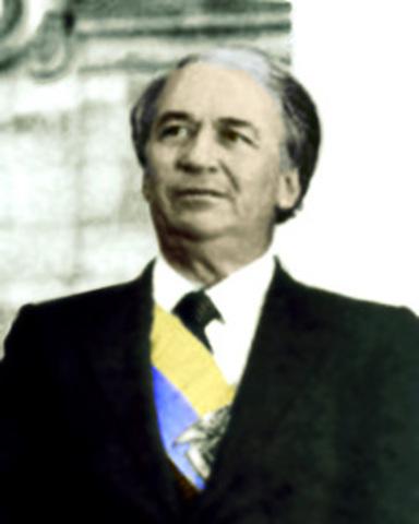 Belisario Betancur Cuartas (1982-1986)