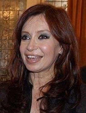 FERNÁNDEZ Cristina
