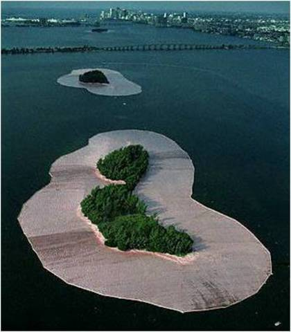Christo & Jeanne-Claude. Surrounded Islands, 1980-83