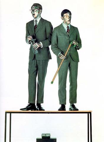Gilbert & George. The Singing Sculpture, 1970