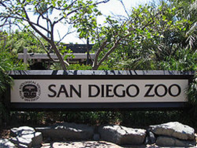 Ted donates the Lion Wading Pool to the San Diego Zoo.