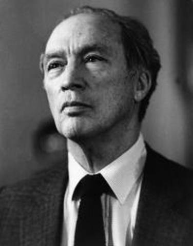 Pierre Trudeau announces he will retire