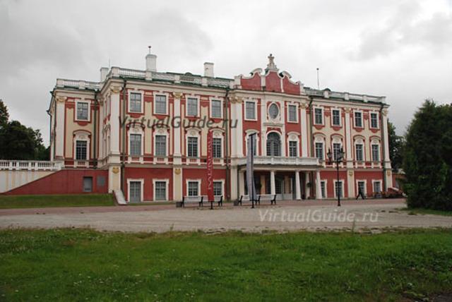 Художественный музей переехал во дворец Кадриорг.