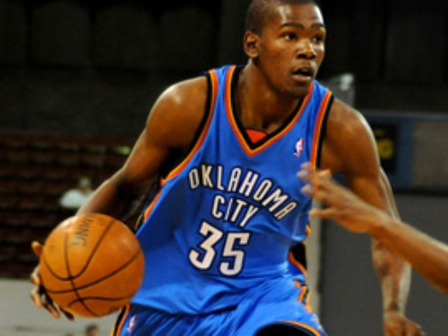 how many years did kevin durant play in college