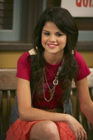 wizard of waverly place starts