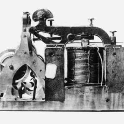Industrial Revolution Project :: Communication  timeline