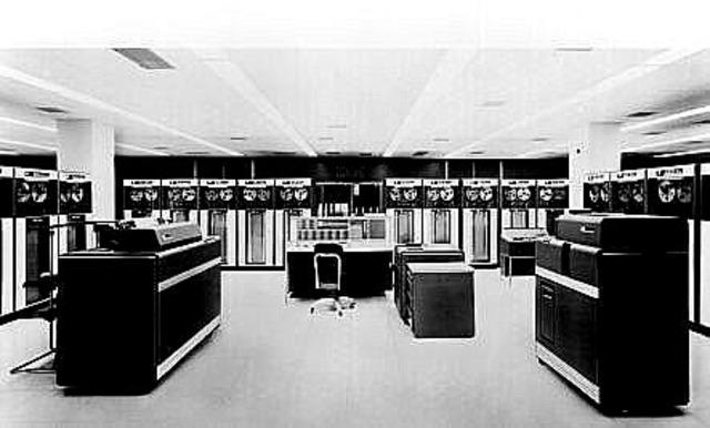 Sistema de procesamiento de datos 7090