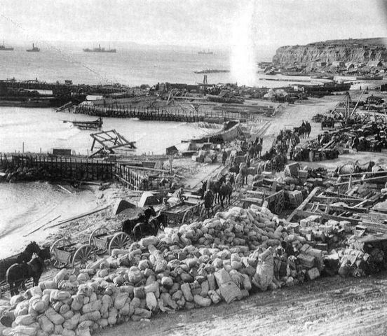 Landing at Anzac Cove and Cape Helles
