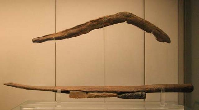 3500-3100 BC  Throw Stick