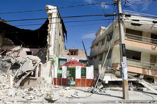 Haiti earthquake; 300,000+ die