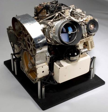 La primera cámara en ir al espacio también fue Kodak