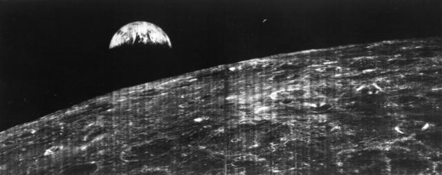 Foto de la Luna con la primera cámara en el espacio