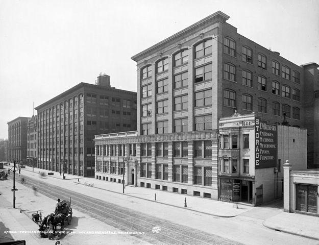 Exterior de la casa central de Kodak a principio del siglo XX