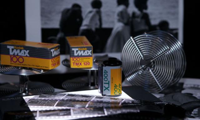 Tmax revolucionó la película en blanco y negro con su grano planar