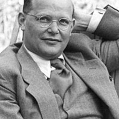 Life of Dietrich Bonhoeffer timeline
