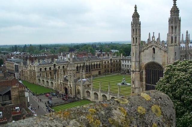 Ingresa en la universidad de Cambridge