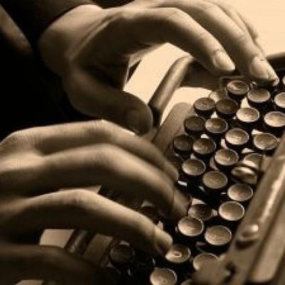 Historia de la maquina de escribir . timeline