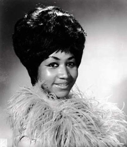 "Aretha Franklin Wins ""Best Soul Gospel Album, Female"" Grammy"