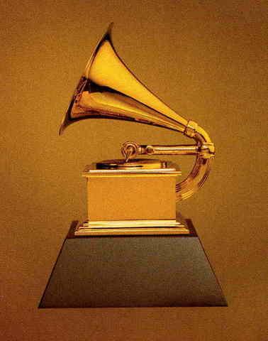 "Aretha Wins ""Best R&B Vocal Performance"" Grammy"