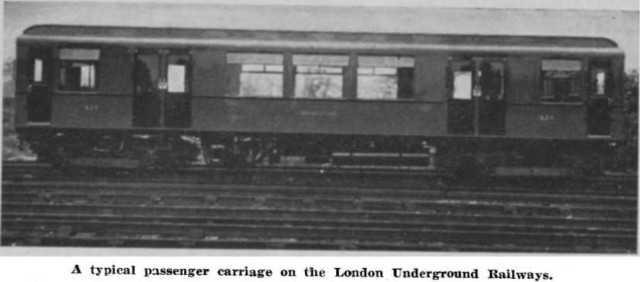 Murdoch builds a working model of a steam carriage