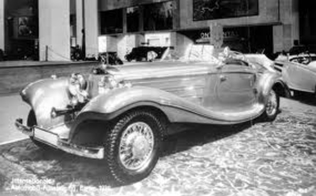 First luxury cars made