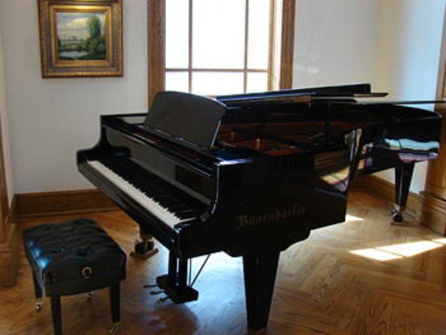 Tα πρώτα πιάνο