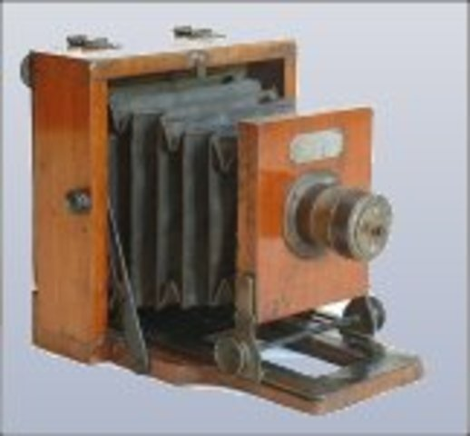 Η πρώτη φορητή μηχανή