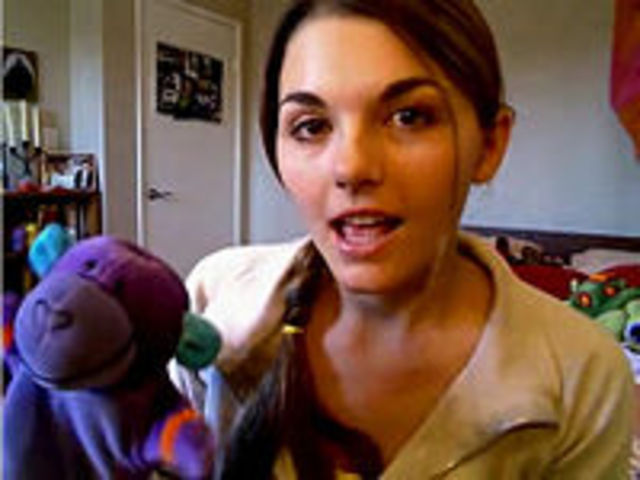LonelyGirl15 Vlog comes to Youtube