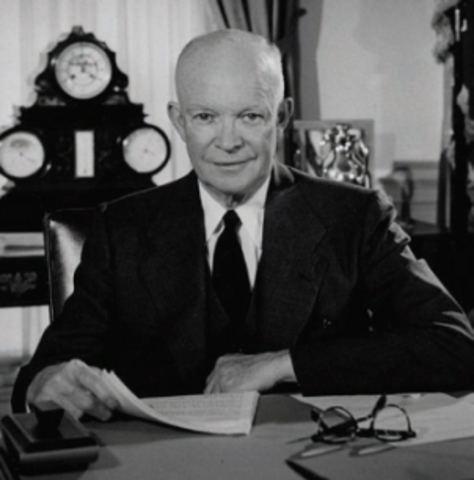 Eisenhower Says he won't go for Third Term