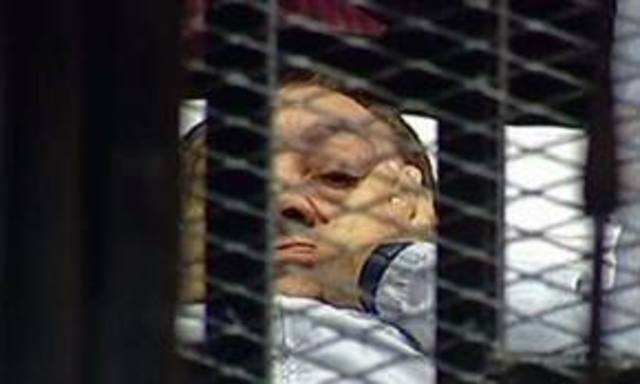 Egypt: Mubarak in court