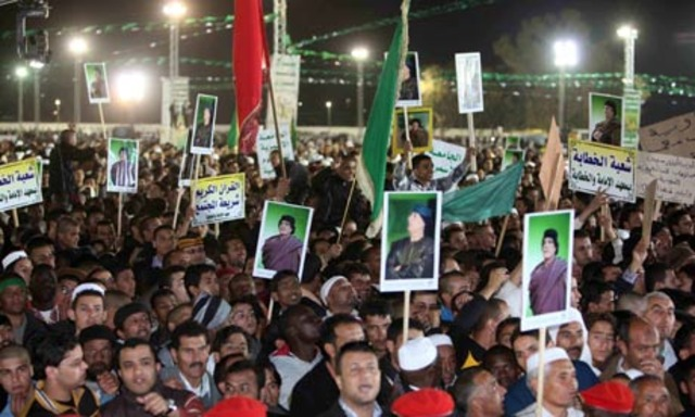 Libyan protesters clash with police in Benghazi