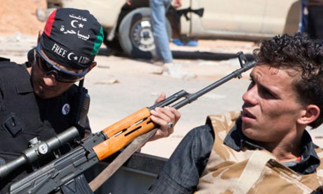 Gaddafi urges people to 'liberate Libya' from Nato