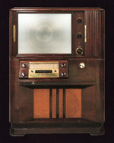 RCA's First Rear Projection Television