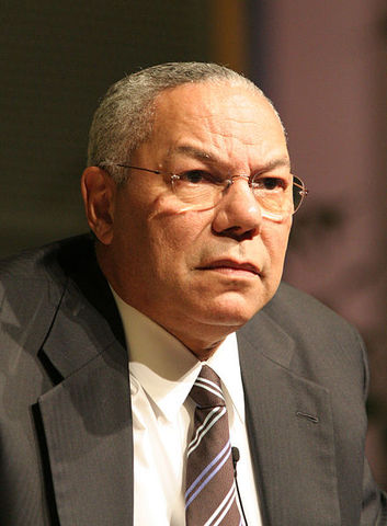 Colin Powell goes before UN