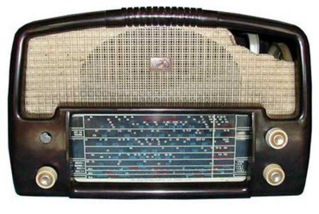 Αμφισβήτηση κρατικού ραδιοφώνου στην Ευρώπη