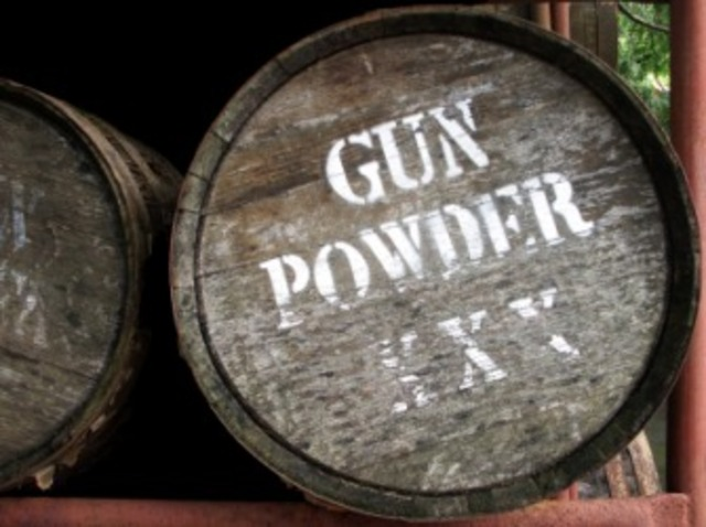 invention of gunpowder Whether or not gunpowder is a beneficial addition to the world is a topic hotly  debated, but there's no denying gunpowder has an ancient history while it's  used.