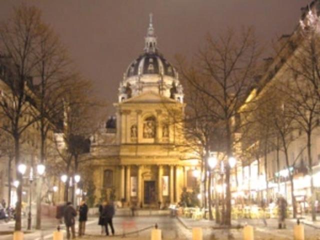 Marie a commençé d'étudier à la Sorbonne