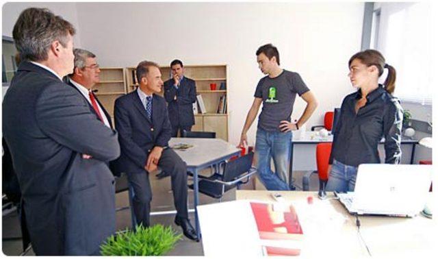 Installation et visite du ministre