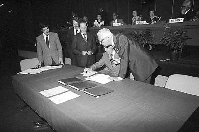 Protocolos Adicionales I y II de los 4 Convenios de Ginebra