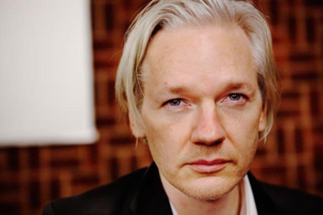Anonymous se solidariza con Julian Assange (Wikileaks)