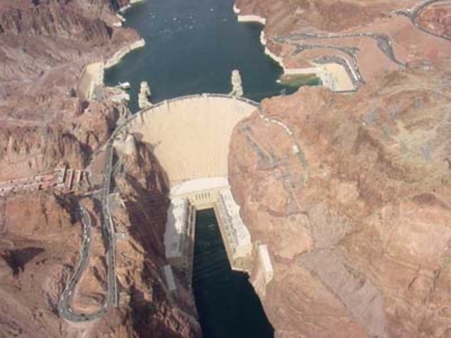 The Hoover Dam completed
