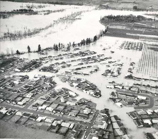 """Christmas"" Flood of 1964 Hits Oregon"
