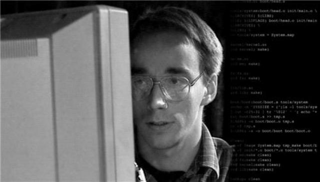 Linux anuncio por  internet que iba a crear un sistema operativo