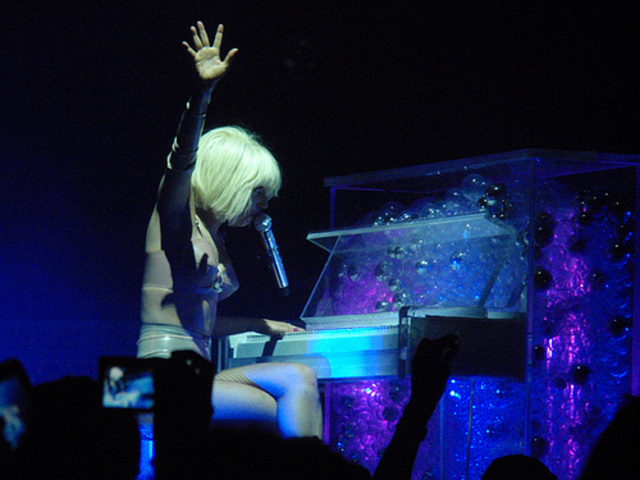 Lady Gaga first plays piano