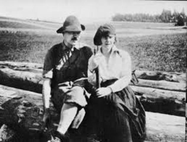 "Hemingway married Hadley and ""headed off to Paris""."