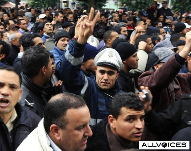 Protesters demand Ghannouchi and other Ben Ali proteges go