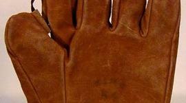 Baseball Glove History  timeline